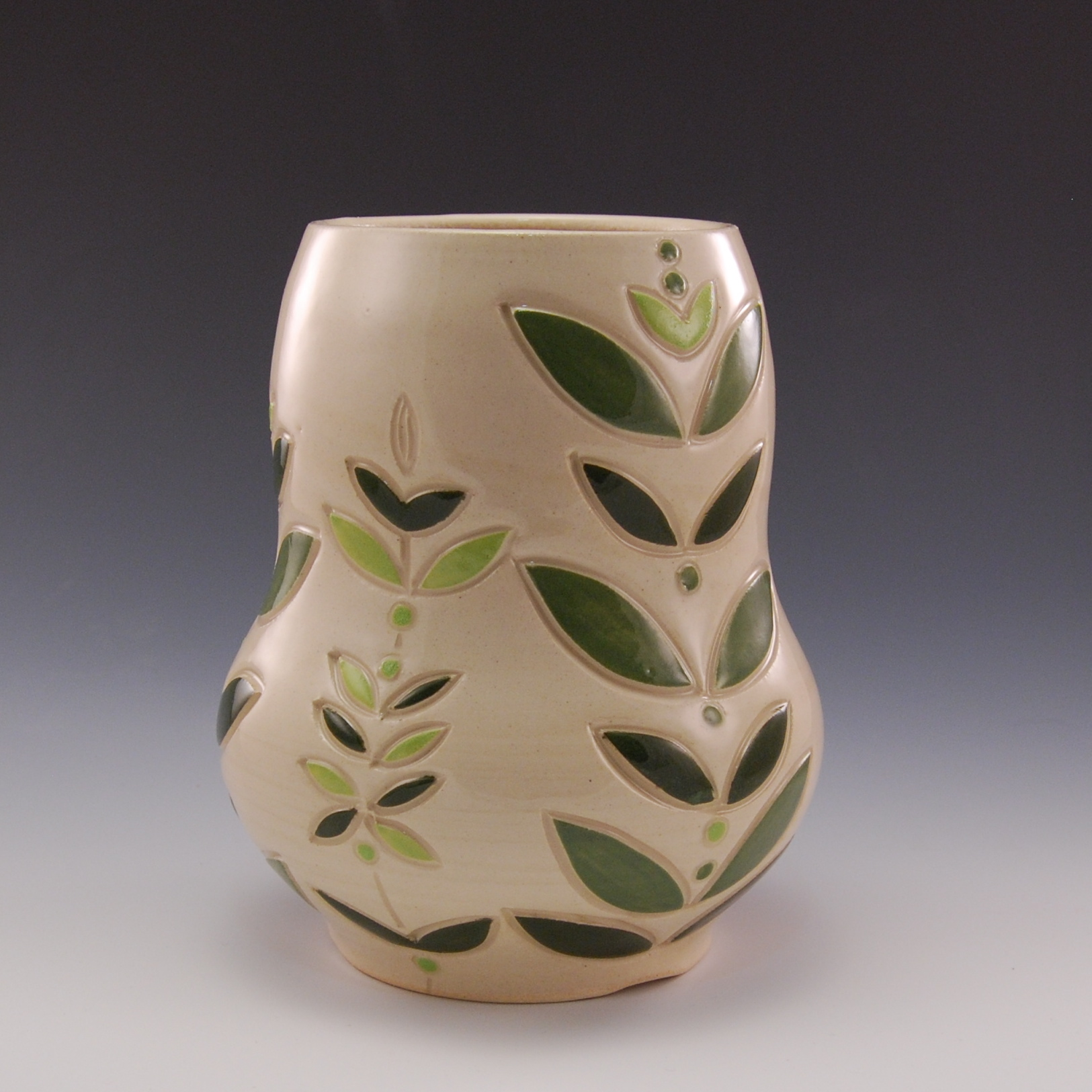 Large Green Leaf Vase (2)